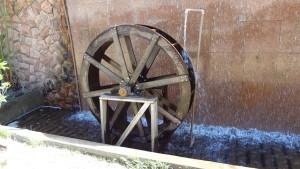 waterwheel-233527_640